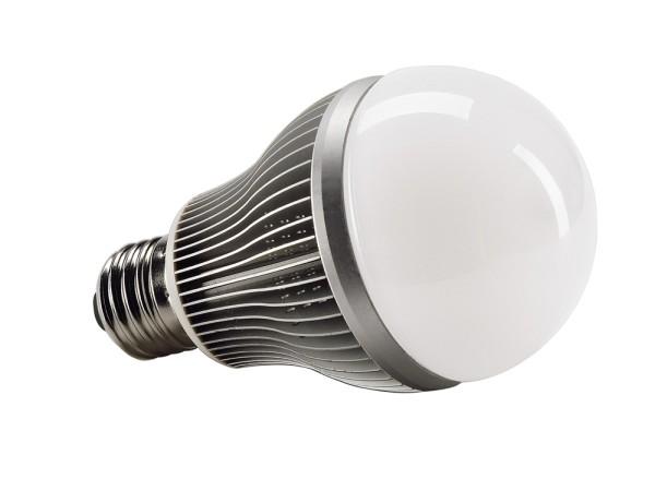 E27, 10W LED, 3000K, nicht dimmbar