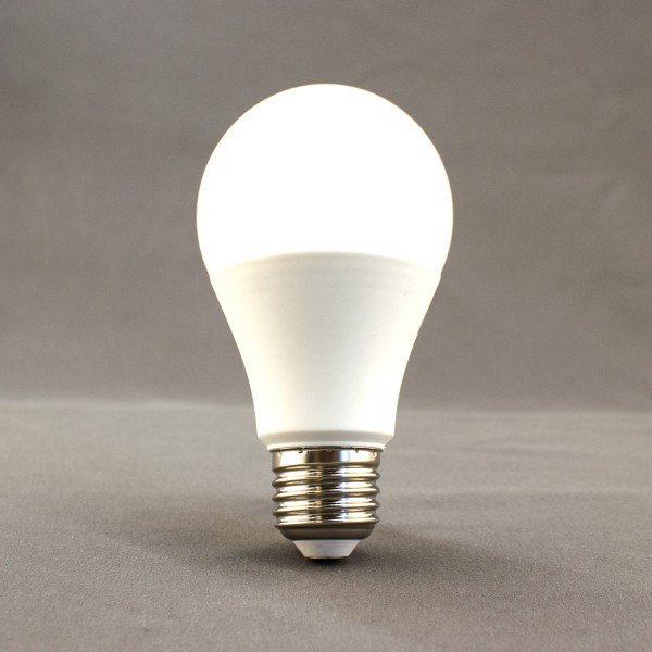 E27 LED Leuchtmittel, 2700K, 17W, 1800lm, SMD, A65, birnenförmig