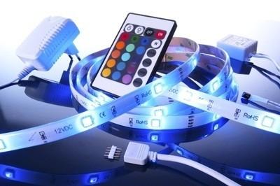LED-Strip Komplettset, 5m, RGB, IP65, kürzbar, dimmbar, inkl. Controller & Netzteil